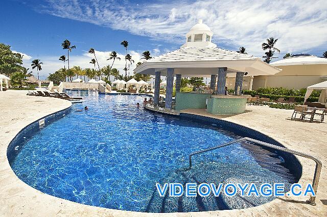 Photo mexique punta cana grand hotel bavaro for Bar la piscine paris 18